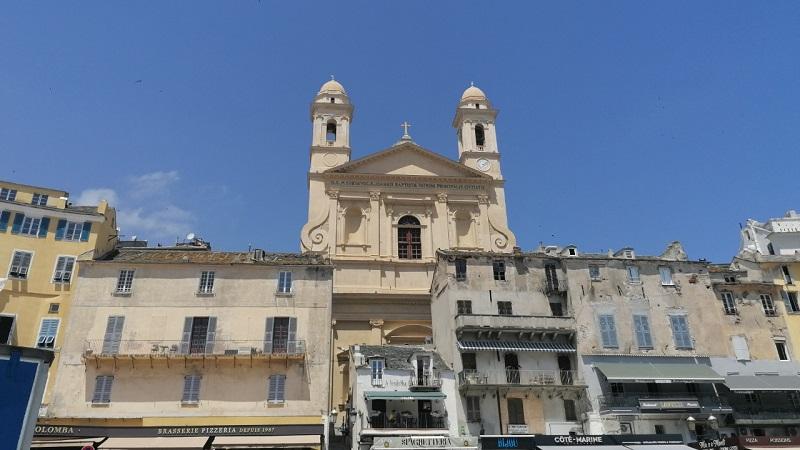 VTC à Bastia, taxi à Bastia, navette à Bastia, chauffeur privé à Bastia, transfert aéroport à Bastia | Corse VTC