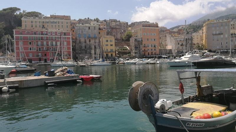 VTC à Bastia, taxi à Bastia, navette à Bastia, chauffeur privé à Bastia, transfert aéroport à Bastia, excursion à Bastia | Corse VTC